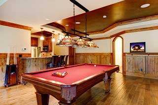 Expert pool table setup by Tulsa Pool Table Repair SOLO<sup>®</sup>